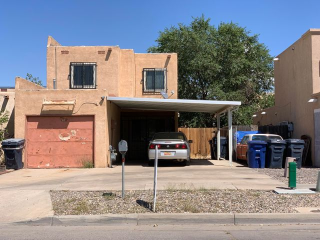 3 BED 2 BATH TOWNHOUSE 1 CAR GARAGE & 1 CARPORT SPACE. NEAR PARKS AND SHOPPING. GREAT INVESTMENT OPPORTUNITY. SOLD AS IS. NO WARRANTY OR GUARANTEES EXPRESSED OR IMPLIED.   PROPERTY NEEDS WORK.