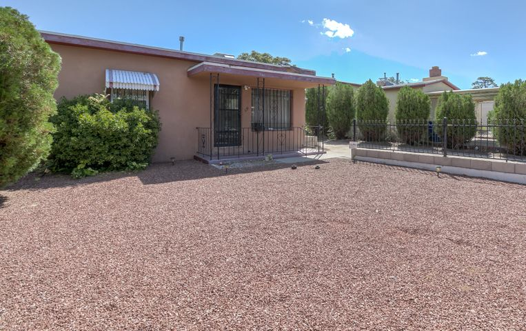 Welcome to this adorable home featuring a spacious living area with large picture window offering an abundance of natural light.  Functional kitchen with access to the huge backyard.  It is priced to sell so you don't miss the opportunity to make this your own ABQ Dream Home today!