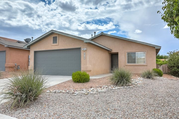 Wonderful Single story home in Ventana Ranch. Home Features - Spacious kitchen with island and stainless steel appliances, large great room with vaulted ceiling, master suite with large closet, double sinks in master bath and refrigerated A/C!