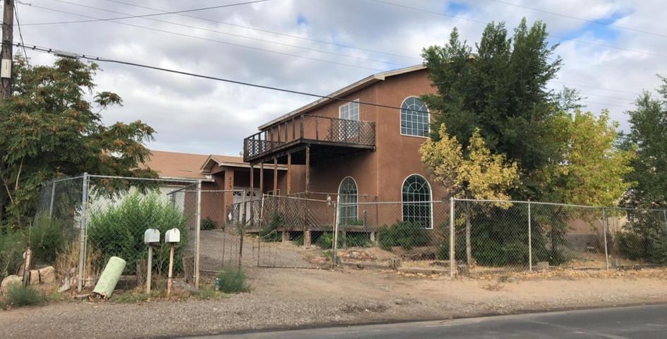 Fixer-Upper or INVESTOR SPECIAL. Seller will carry a very short-term REC. This SW Home has alot  of potential.