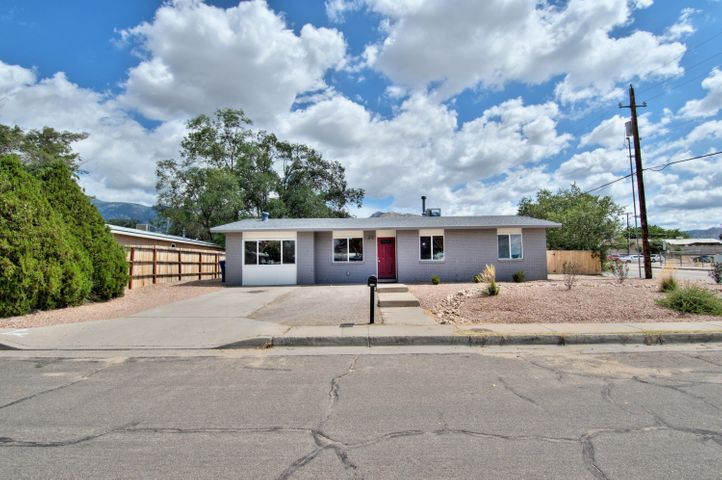 Home is located in a spacious corner lot with backyard access! This home features many upgrades such as quartz counter tops, LG appliances. Bathrooms include lighted faucets and tiled showers that make it feel like it is brand new! Check it out before it's gone!