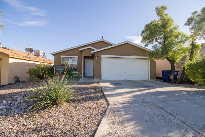 Nice 3 bedroom 2 bath 2 CG home. All appliances stay with the home. Open floor plan with 2 living rooms. Vaulted ceilings. Atrisco Heritage high school district.Low HOA per month