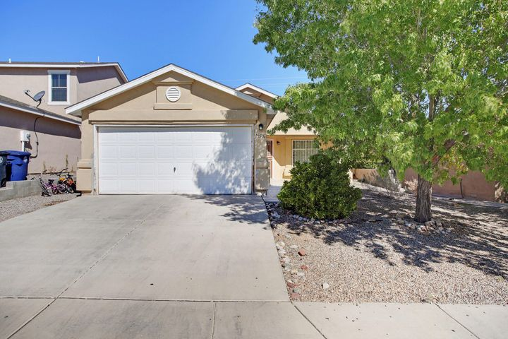 Welcome to this move-in ready home!This cute Home offers Refrigerated Air and an open floor plan with spacious rooms throughout. The backyard is a great size and a clean slate! This cute home will not last for long, call today to learn how to make it yours!