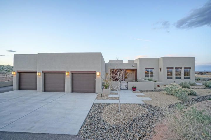 *Back on the Market and ready for move in.  The gorgeous custom home on 1acre home site. Loaded with amenities.  5 beds with 2 living areas.  Side parking and an out building for storage and more.  Built in 2016 by Abrazo Homes The spectacular views speak for themselves.