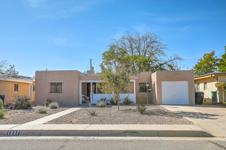Contract Fell Through- All inspections are completed! Great Location! UNM area, convenient to UNM, Med School and Law School. Hardwood Floors, 3 Bdrm 1.5 Bath. New Roof with Conveyable Warranty. Zero Scaped Front Yard for easy Maintenance. Nicely Updated with Newer Appliances. Don't Miss out on this Great UNM Home!