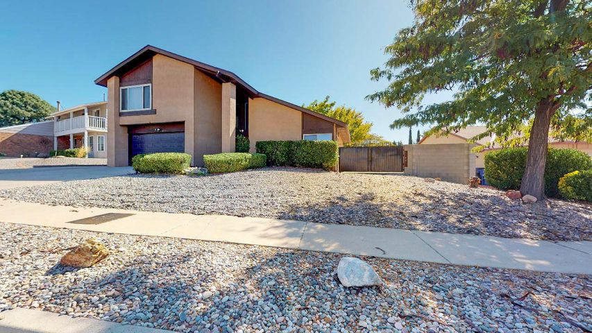 Beautiful spacious property in the La Cueva school district. Superior features including HUGE master bedroom closet, 24ft x 11ft deck, beautifully landscaped backyard, and refrigerated air. Electric gate to backyard access and large office/game room space.