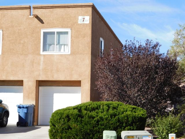 2 bedrooms and 1 3/4 baths in this well maintained single story condo, close to  New Mexico Tech campus. Refrigerated air, water softener and 1 car garage complete this home.