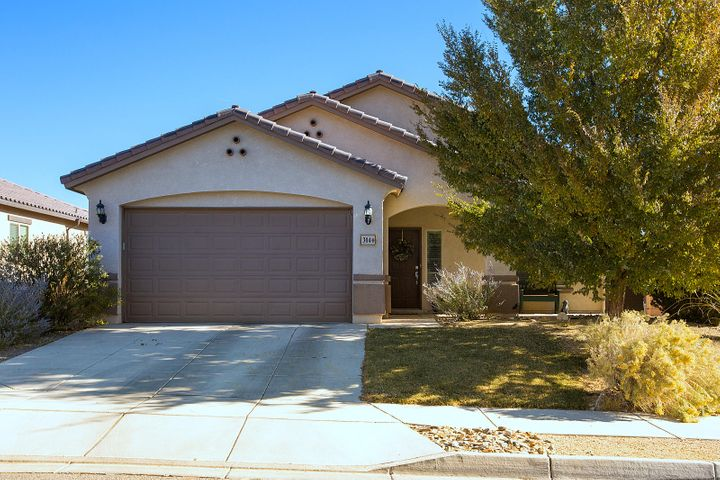 This stunning 3 Br 2 Ba single story is located in the desirable Loma Colorado community of Rio Rancho. Pride of ownership results in a ''Move-In Ready'' home that features an open great room, living, kitchen & dining area. PLUS a den or dining room right off of the foyer upon entry. Large owner's suite with spacious bath, double sinks, garden tub, separate shower & walk-in closet.  Beautifully landscaped backyard and side yard offers room for the pets & some views. 2.5 car garage will provide space for both cars & bikes or workshop. The elegant kitchen features Alder cabinetry with crown molding, Granite Counters, walk-in pantry, 18 in tile in wet & traffic areas & architecturally appealing features that make this home live big. Stainless Steel kitchen appliances stay. Fast Close No Prob.