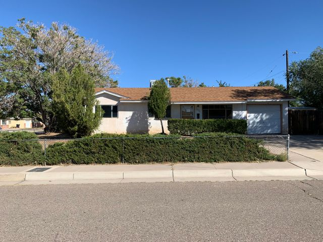Have I got a deal for you, take a look at all this property has to offer: mature shade trees, large corner lot, storage shed, fenced front yard, walled backyard, 3 bedrooms, 1 bathroom, solid foundation for beautiful remodel. great single family residence and a promising investment.