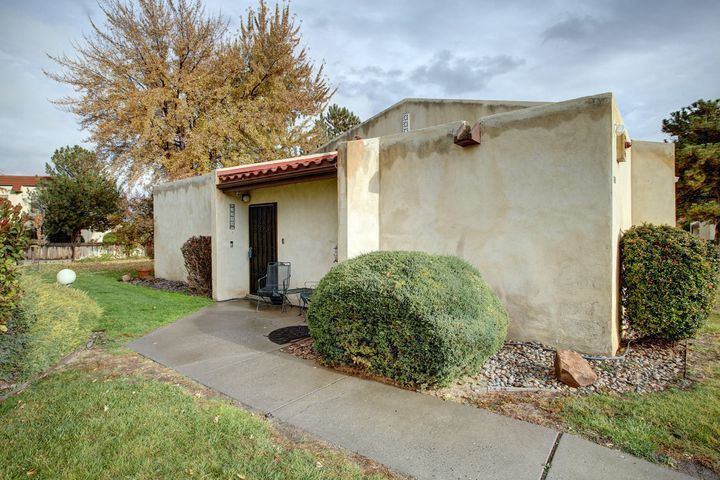 This Condo located at the end of UNIT, NO UPSTAIRS neighbor, well maintained and spacious, it features an enclosed Patio/Sunroom that leads to the landscaped backyard.Refrigerated Air and NEW roof as of 2015. Stainless Steel appliances and Washer and Dryer will convey with acceptable offer.HOA covers amenities (Pool), exterior landscaping, stucco.Come see it today!!!