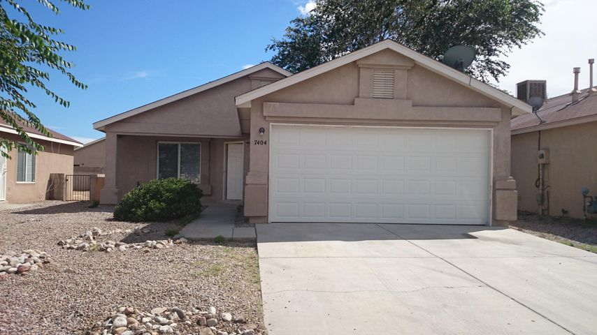 Southwest heights gem! Owner financing available call for terms. Tile throught out the home. Newer carpet in bedrooms. Newer sliding back door and utility closet has gas/electric dryer hook up. Schedule your appointment today!!