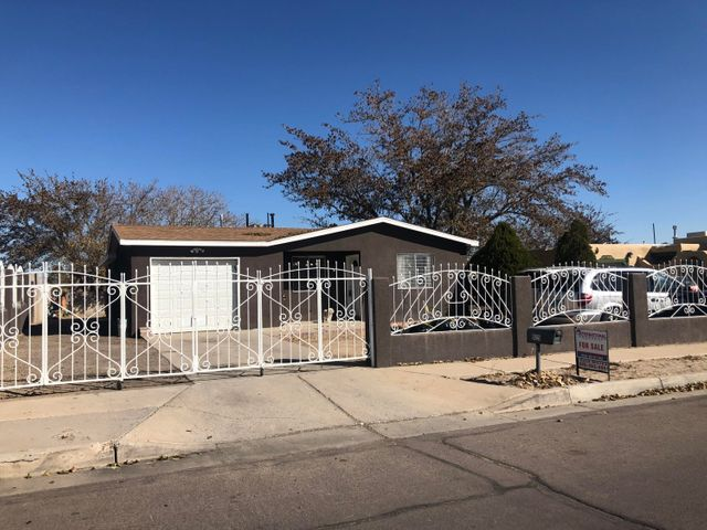 Come check this 3 bedroom, 2 bath home. Convenient location, 1 Car Garage, Back yard Access, Huge Back Yard, Tile throughout the house, Big family Room that can be 4th bedroom,  Security Wrought Iron fence, 2 Storage on Back yard, one can be used as Garage or shop.  Great starter home. Don't miss this opportunity!