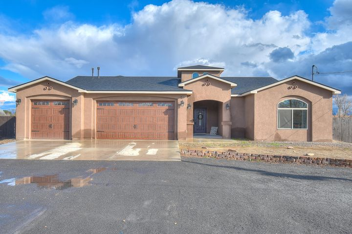 Don't Miss This One! Amazing Find In A Desirable Area! This 2018 Custom Home On Nearly One Acre Boasts A Bright Open Floor Plan With 4BR, 3BA, Spacious Living Room, Kitchen & Dining Area, Custom Cabinets, Marble Counter Tops, Walk-In Pantry, 3CG, Tile Flooring, Stainless Steel Appliances, Large Snail Shaped Shower, Exquisite Fixtures, Walk-In Closets, Refrigerated Air, Instant Hot Water, 9'' Ceilings, Paved Road, Side Yard Access, Landscaping & More! No HOA, Convenient To Shopping & Highways. This Turn Key Home Has Been Well Cared For! Don't Miss Out!!!