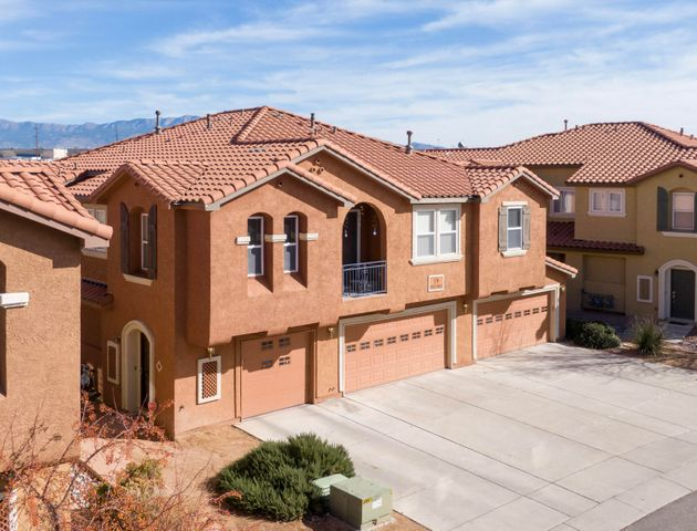 Enjoy the lifestyle of this wonderful gated community nestled in the North Valley!  Raised ceilings & elegant spindle stair case. Open kitchen with 42'' cabinetry & granite countertops. Includes an oversized pantry & laundry room. Great mountain views from the master bedroom with a walk in closet! Double vanity & garden tub in master bath. Private patio with open space behind. 2 Car Garage! HOA includes water bill, clubhouse, swimming pool, year round hot tub, basket ball court, security gates & lush well maintained community landscaping. Super convenient location, close to local dining, breweries, shopping and freeway access!