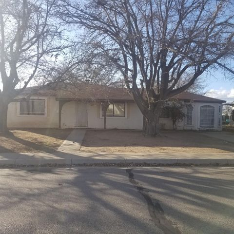 **** Highest and Best **** DEADLINE: 12/6/19 @ 5PM. No additional offers considered after deadline - Great Opportunity for Sweat Equity and Improvement. Spacious yard, Open floor plan. As-Is sale, bank owned property. Priced to sell. Schedule your showing today.
