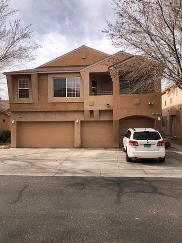 Welcome Home!!!  This is an awesome 2 bedroom, 2 bath condo in a beautiful gated community with a pool and clubhouse. Close to restaurants, shopping and easy access to I-25.  A short drive to the mountains and other outdoor activities.
