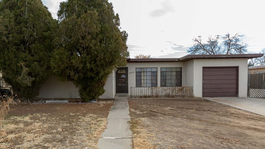 3 Bedroom home close to all the shopping on San Mateo!  Tile floor and a nice, bright kitchen with separate dining room, and spacious living room.  Lots of space in the backyard for entertaining or play!  One car garage with storage.