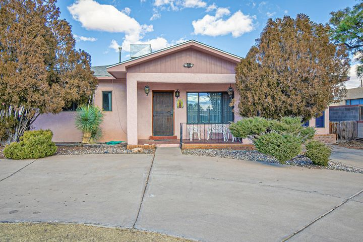 Great Potential at this beautiful North Valley Home!  Lots of Space inside and outside! Formal Living area plus Cozy Den with Fireplace! Nice Kitchen with Island! Home has a Bright Sun room and Formal Dining Area! Spacious backyard PLUS a Storage Shed!