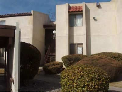 Come see this great condo in the Fairways Condominium Community.  Features large living area with cute eat in kitchen. Hard surface flooring in all major walk ways. Oversized master bedroom with  new carpet! Covered parking space included! On site community pool and BBQ facilities perfect for family fun. Great location! Close proximity to shopping, dining and entertainment. Priced to sell!! Don't miss this true gem. Call a Realtor today to schedule a private showing.