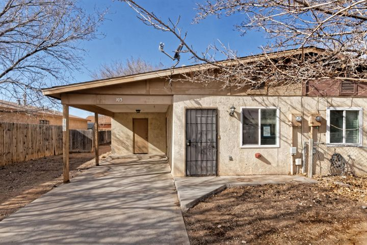 Cozy 3 bedroom 1 bath townhome in Bernalillo. 1 car carport only. All kitchen appliances stay.  First Look initiative in place. Offers will not be accepted until after 7 days on market. No investor offers accepted until after 20 days on market. Lots of investor potential.