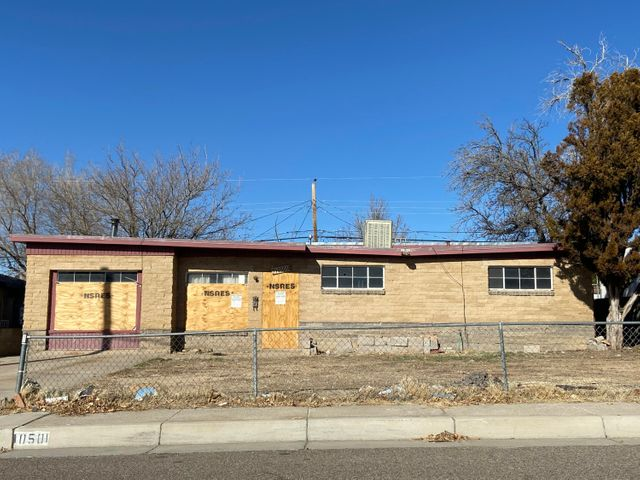 INVESTMENT OPPORTUNITY!!  This little gem needs a lot of work, but has a ton of potential!  Four Bedrooms, 2 Baths.  Close to shopping, with easy access to the freeway.  Property is being sold ''as is'' Sale is subject to United States Bankruptcy Court Approval.