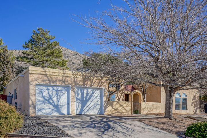 First Showing at Grande Open House Saturday 1/25 11 am- 1 pm. Have you been wanting a home in the foothills? Schedule today before it's gone! This 4 bedroom/2 bathroom home boasts 2 living areas making it perfect for any amount of guests! There is also a wood burning fireplace which you'll enjoy on the cooler nights. You'll find that all the bedrooms are large enough to bring any vision you have alive! The kitchen is filled with light and you'll imaging filling it with so many wonderful memories! The new roof has a transferable warranty giving you the peace of mind you've been searching for! Outside, you'll find a beautifully landscaped yard where you'll enjoy BBQs and relaxing. Come see how perfect this home is for you! Schedule a showing before it's too late!