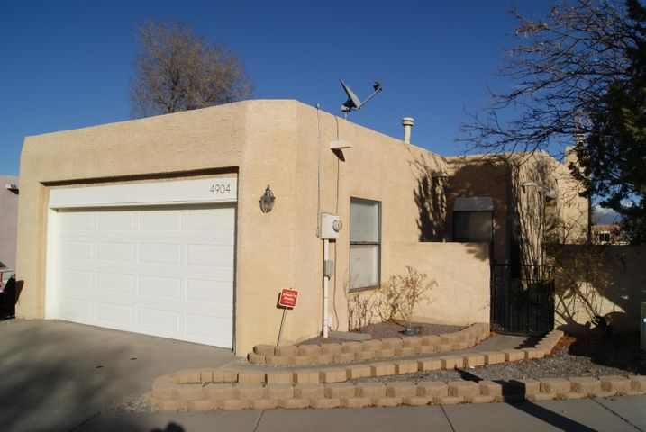 Wonderful 3 bedroom, 2 full bath, 2 car garage home. Newer water heater and PVC piping in 2016. Newer garage door in 2014. Roof and stucco in 2014. Newer heating/cooling system in 2008. Double sinks in the master bathroom. Carpet/flooring allowance of $2,000. Comes with a Home Warranty through American Home Shield! Schedule your showing today!