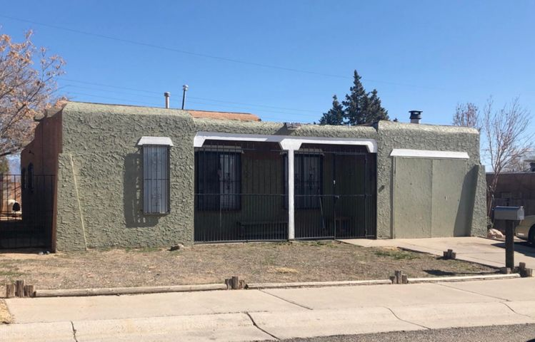 3 Bd 2 Bath with 2+ Living Areas one with a fireplace and access to the back yard.  Kitchen has a picture window and over looks the main living area.  The lot has bakyard access with a covered patio.  This home is priced to sell!