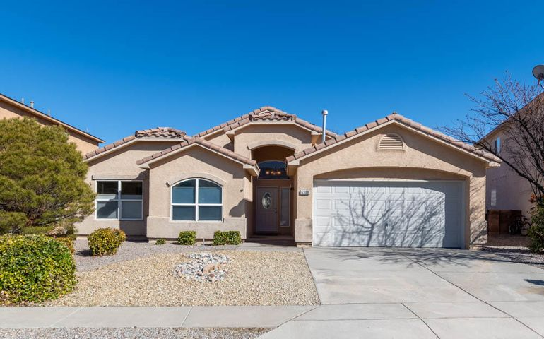 **THIS PROPERTY IS UNDER CONTRACT, WE ARE ACCEPTING BACKUP OFFERS AND CONSIDERING THEM ONLY IF CURRENT AGREEMENT IS NOT COMPLETED**Beautiful One-Story 3 bedroom 2 bath plus office home located in Ventana Ranch in a quiet cul de sac. Vaulted ceilings with 2 living areas. Nice open floor plan with new paint, new carpet and all new light fixtures, fans, hardware, faucets. New dishwasher and kitchen withisland and pendant lighting. Master bath has separate shower and Jacuzzi tub. Home is move in ready and is a must see.