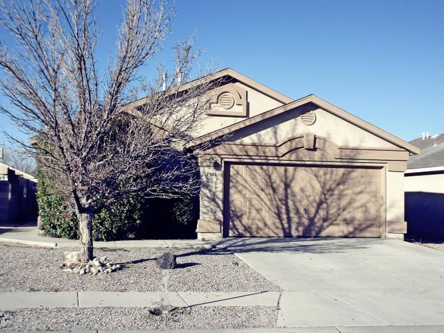 Open floor plan provides spacios living room, large  open kitchen, lots of natural lighting.. New paint Large covered patio perfect for entertaining, Take a look your buyer will like the floor plan. Seller has not occupied home, no seller disclosure available. Home Sold As Is...