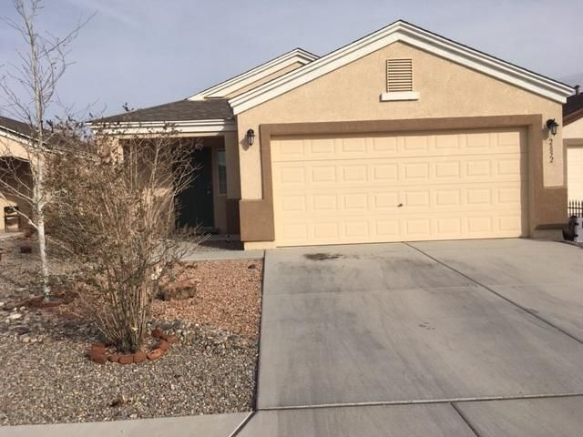 Tenant occupied, showing by appointment only.Please call Mike Menahem, HomeSmart at 505-585-1749