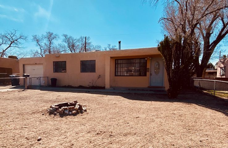 Great starter home priced to sell and will not last long.  Easy to show.  New Paint and New Carpet.  Still has a 1 car garage with 220. Park down the road and in a quiet neighborhood where the neighbors have been living there quite a while.  Welcome to your new home.