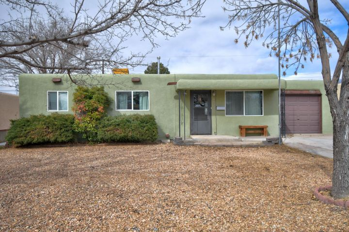 This is an incredible find in Abuquerque!  Totally renovated with fantastic style and charm!  New kitchen with quartz counters, subway tile backsplash, tile flooring in almost the entire home!  Newer windows, 1 car garage and a large backyard with so many possibilities.  Don't  miss out on this dazzaling and affordable home for your client!