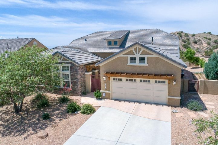 WOW!!! THIS HOME IS A MUST SEE BEAUTIFUL SIVAGE LUXURY SERIES Home appointed with so many upgrades that you will be amazed! Mountain and City Views with a lot size of .5 Acres! Possible 4th Bedroom! Privacy Patio in front leads to an open floorplan introducing you to coffered ceilings, granite, Chef's Kitchen with Wolf appliances, 8' solid wood doors, magnificent views, refrigerated air, instant hot water and so much more. It even boasts a significant SOLAR (photovoltaic) system, WHICH IS ALSO PAID IN FULL AND CONVEYS WITH THE HOUSE! By the way, the sellers have also paid the PID in lump sum. Unlike most of the other houses in Mariposa, there is no PID tax payment! (No PID tax for this house! - IT HAS BEEN PAID IN FULL! The Community Center nearby has both indoor and outdoor pool,.