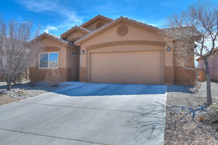 This gorgeous home located in northern Rio Rancho offers 3 bedrooms 2 bathrooms and 2 living areas! As you walk into the home you are greeted by the spacious  living room, with plenty of natural lighting. The kitchen with island and breakfast nook offers great space for all your cooking needs and tasteful tile throughout. Straight ahead is the family room. Spacious bedrooms are comfortable and have been well maintained. Large master bedroom features double sinks and walk-in closet. Back yard is neatly manicured & has plenty of space for entertaining. Don't forget the oversized garage at 23x20.7  Schedule a showing today and make this your new home!