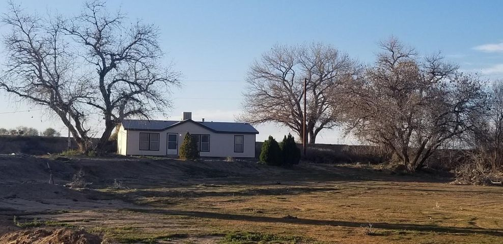 Peaceful & quiet .. & this sparkler sits  on 2 UPC lots totaling 1.34 Acres..  This homes consists of 3 Bedrooms & 2 Baths.. Move in Ready.. & This GEM is only a few minutes to the freeway interstate .. Perfect for that EZ Commute!