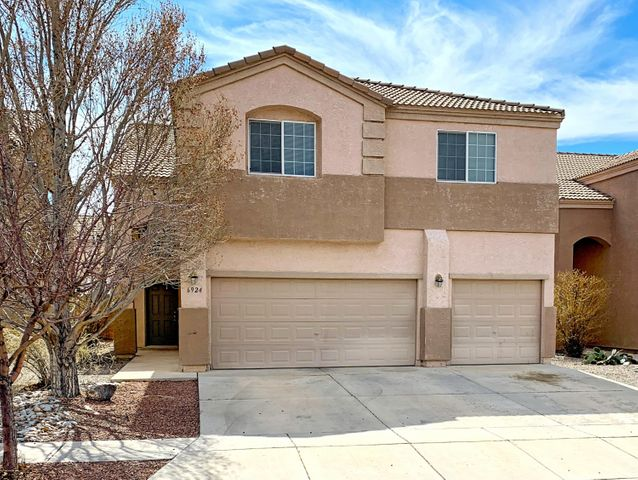 Large 6 bedroom home. New carpet  and fresh paint in 2019, water heater 2018. This house has 4 bathrooms, 3 of them with double sinks. 2 heating and 2 cooling units. The park accross the street is just a bonus. No PID!