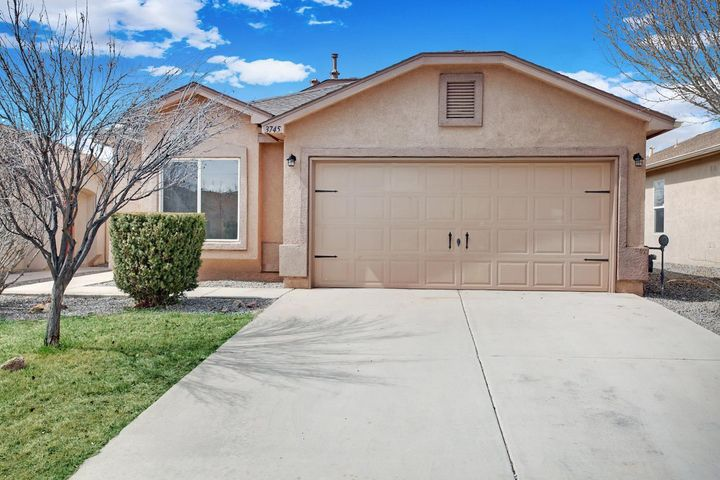 BEAUTIFUL MOVE IN READY 2BR/ 2BA home located in Rio Rancho.FRESH 2 TONE PAINT, NEW CARPET and NEW LIGHT FIXTURES! BRAND NEW SS APPLIANCES and plenty of counter space. Living room has high ceilings and a cozy fireplace. Breakfast area and a formal dining area. MASTER SUITE features a stand up shower, an oversized tub and a WALK IN CLOSET!Come see for yourself  because this one won't last long