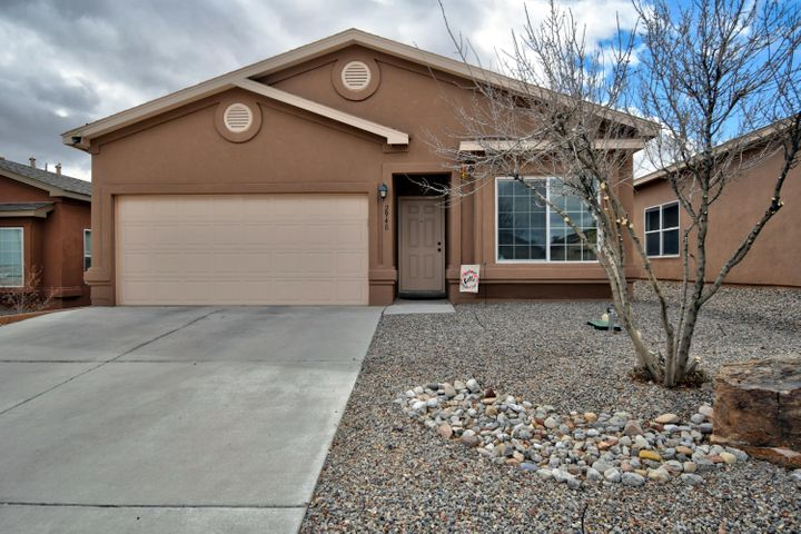 Pride of Ownership at it's Best! This open floor plan has 3 bedrooms, 2 full baths and a  2 car garage. The home has mountain views from the front bedroom and bay window, stainless steel appliances, luxury vinyl plank flooring, and cozy carpet in the bedrooms. Refrigerated air,  upgraded lighting,  ceiling fans,  walk in closet in the master and so much more.  The outdoor living is a dream come true!  Imagine after a long day, a nice  soak in the hot tub and relax under the pergola with your favorite beverage and appetizer.  Come see this great home and make it your own!  Come quick because it won't last long!