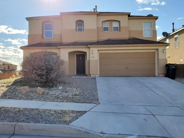 Lots of square footage for the money!  Larger corner lot with BYAP.  4/br, 2.5/ba, 2 living areas PLUS loft!  Spacious master with balcony with views.  Take advantage of historically low interest rates... now is the time to buy!
