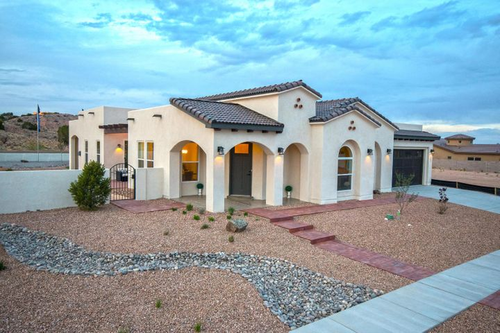 Welcome to your NEW RayLee Home. This awesome floorplan is available in the Ocotillo GATED community located in the heart of Rio Rancho. This award winning Crystal Caddis floorplan is open and functional, lots of options for outdoor living and flex spaces.RayLee only has 3 lots left!!!