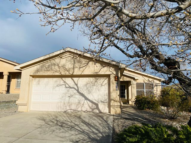 Welcome home to beautiful 3 bed 2 bath home in the Albuquerque NW Tuscany Neighborhood. Conveniently located by Unser and McMahon near tons of businesses, eateries, and work opportunity. Come see this beautiful home before it's gone! It will go quickly!