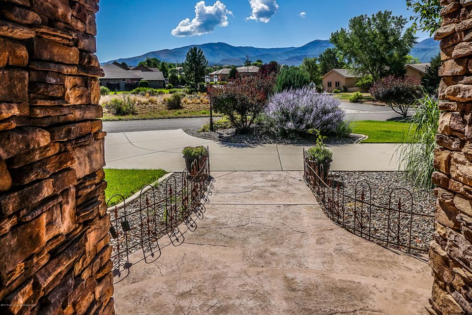 233 Meadow Creek Circle Parachute, Co 81635 - MLS #: 150090