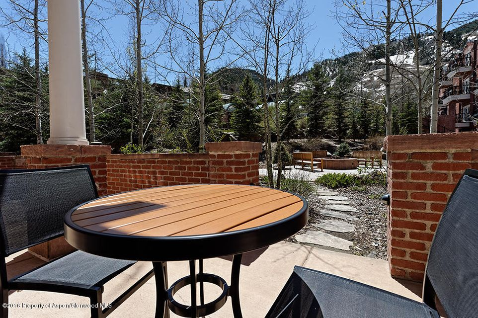 415 E Dean St., Unit 4, Weeks 9&10 Aspen, Co 81611 - MLS #: 150097