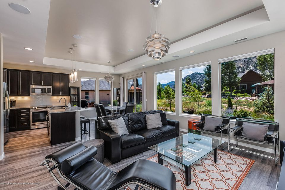 279 Blue Heron Glenwood Springs, Co 81601 - MLS #: 150310