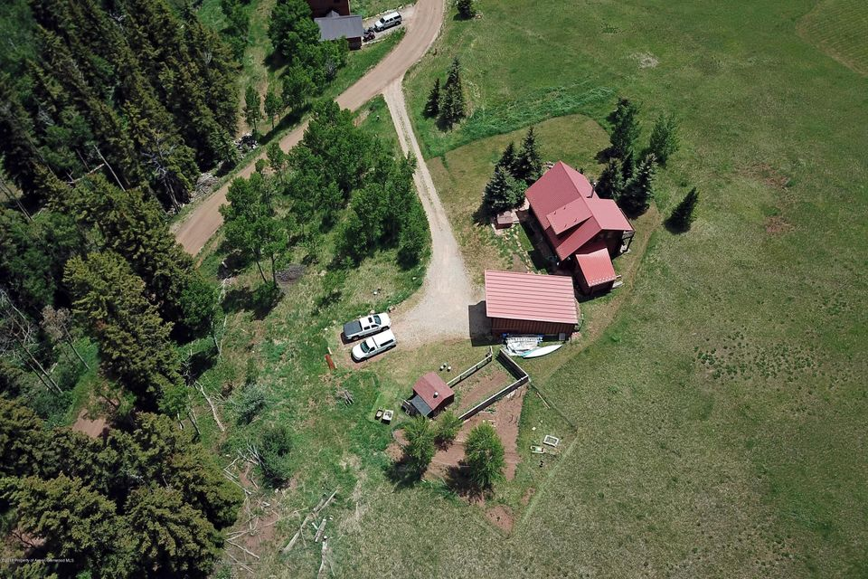 Aerial of Wapiti Way