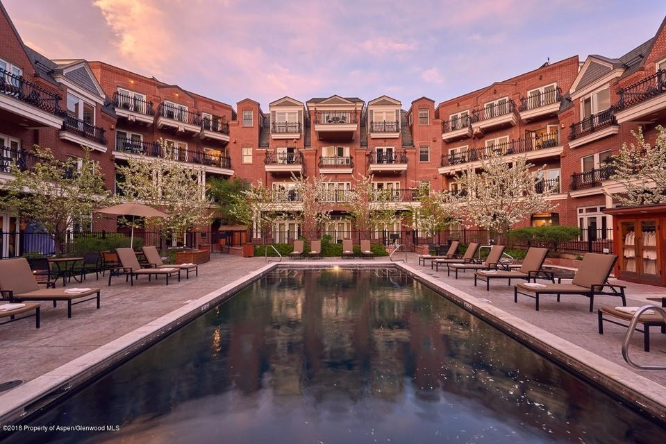 Ground floor three bedroom condominium. Convenient access to wine bar, fire pit, work-out room and pool. Walk to restaurants, shopping, gondola and everything Aspen has to offer. Hyatt Grand Aspen offers outstanding service and amenities. Week 32 2019 dates: August 10 to August 17.