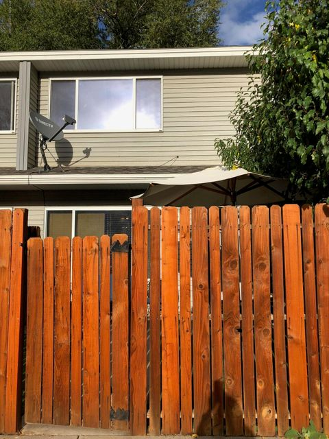 This 2Bed/2.5 Bath well maintained towhouse has new carpet in the bedrooms, hallway and stairs and new flooring on upstairs bathrooms. Assigned parking for 2 cars, Enjoy the fenced in patio  and great location on a quiet neighborhood close to Willits, bus route and Basalt schools.It won't last long!