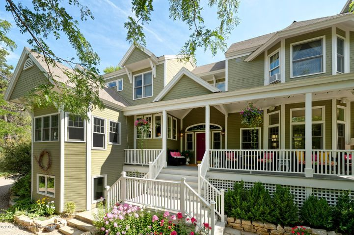 315 Sunny Hills Lane, Glenwood Springs, CO 81601