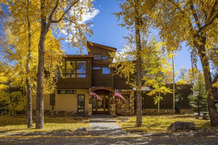 735 W Smuggler Street, Aspen, CO 81611